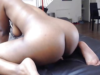 Anal Amateur video: 19 black slut Jennyx with twerking booty and sexy smile