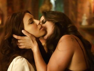 Hd Videos video: Kate del Castillo & Eva Longoria Lesbo Sex on ScandalPlanet