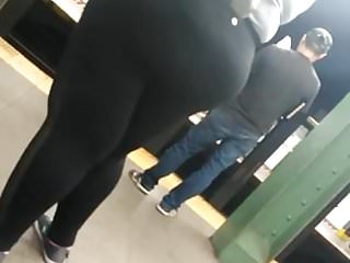 Squeezig big bbw ass #3