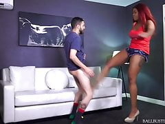 Ballbusting Beauties June Náhled