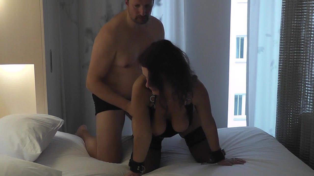 Ебет азиатского транса порно