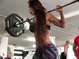 Milfs Voyeur video: Big ass at gym
