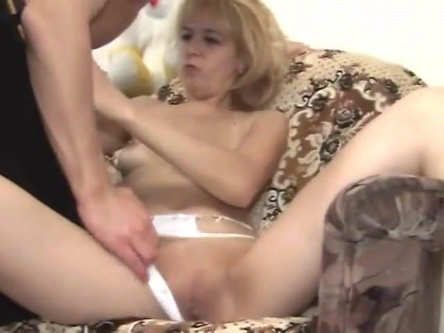 Смотреть секс выпускницы 2012