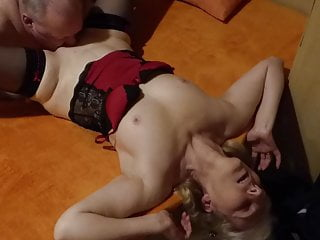 Amateur Cuckold movie: My friend licks my wife's pussy,then inseminates it