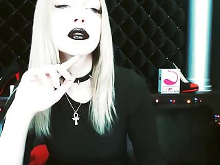 Webcams,Black,Teasing,Lipstick,Hd Videos,Black Feet,Black Lipstick