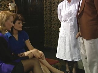 Double Penetration Teen Facial video: Frauenarzt  DR.  D.O.S.E.