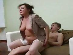 Sexy mollig russische reife gefickt von jungen Stud