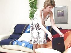 Mature and Son baise dans hotel.mp4