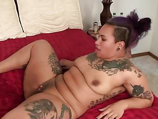 black squirt  big clit