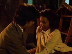 Thandie Newton - Flirt
