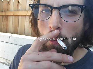 porno zadarmo - Smoking Fetish - Trip Smoking Video 2