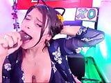 hardest deepthroat sloppy gag show on cam
