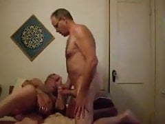 Two old mature men masturbating in the bed | Porn-Update.com