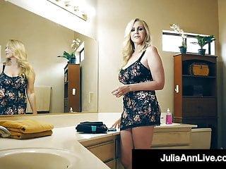 Blowjob Big Tits Handjob vid: Cock Hungry Cougar Julia Ann Muff Stuffed By Hard Cock Fan!