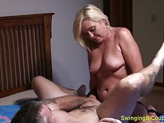 Hubby FUCKED se STRAP-ON