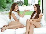 Teressa Bizarre and Sophie Rose in Orgasmic brunettes