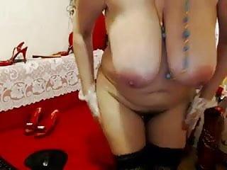 Tits Webcam Granny video: Granny in Red Bra