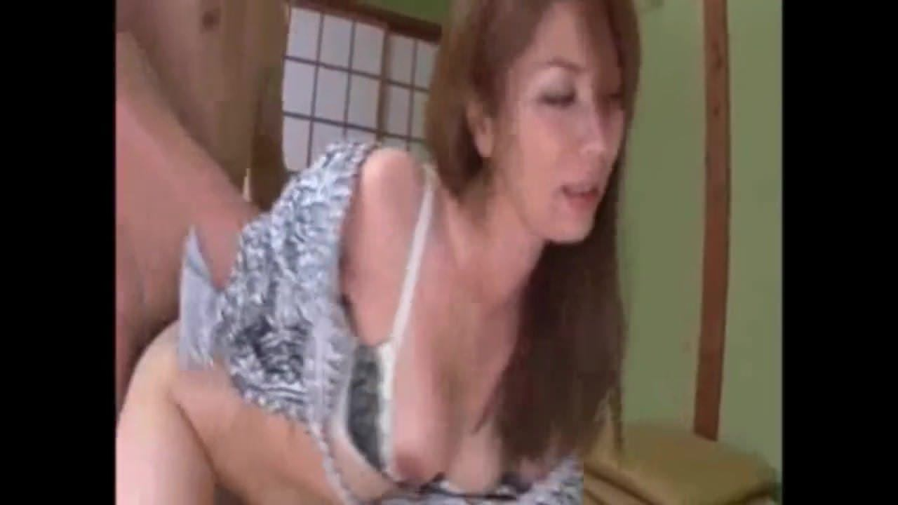 Трахнул в черных чулках порно онлайн