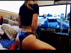 OH MIO DIO! Sexy Pawg Twerking e Playing Gta 5