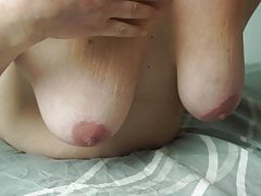 Exhib Amber69 big tits and hairy pussy