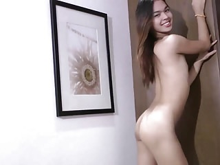 Hd Videos Small Tits Shemale Teens Shemale video: Filipino cut girl showing off