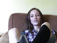 Seksowne stopy brunetka .., buty ..
