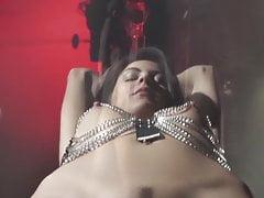 Heiß latina mädchen in harness bondage abgefickt