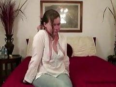 Jetzt Casting verzweifelte Amateure Frau Mutter volle Figur Milf nee
