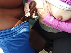 Dogging & Cuckold manželka s BBC venku