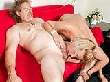 DEUTSCHLAND REPORT - German amateur blondie sucks hard cock