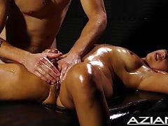 Sexy massaggio con olio con Ziggy