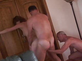 Mature Wife Cumshot video: Amateur mature cuckold