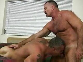 Muscle Hairy Bear Having babreback sex