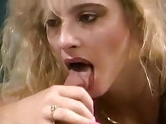 Blond Lange rosa Nägel Blowjob