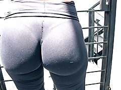 Bubble Butt in Tight Yoga Pants Cameltoe and Huge Nipples