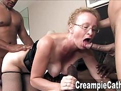 Schlampige Creampie für Milf