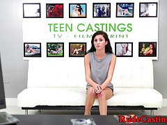 Tiedup teen beauty uderzyła w casting