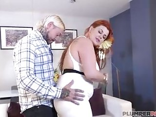 British Big Natural Tits Big Butts video: Sexy Big Booty British Bird Seduces Tattooed Stud