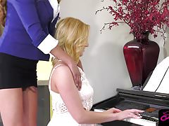 Gorgeous ts piano teacher Jessica Fox pounding tight pussy