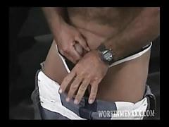Mature Man Jack Jacks Off   Porn-Update.com