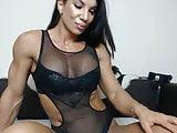 Muscular Webcam girl in lingerie