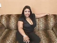 Belle fille noire en casting porno.