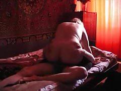 Rosyjska mama i syn Rosyjska stara kobieta i młody chłopak 3