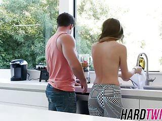 Blowjobs Hardcore porno: Gorgeous Alex Blake bouncing on cock until a big facial