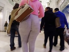 Pawg in schwitzt jiggly Mall Beute