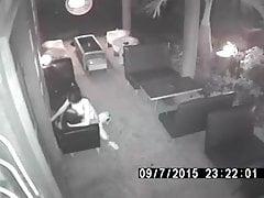 Überwachungskamera fängt die thailändische Hure, die Sex im Café hat