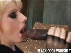 I need to satisfy my big black cock addiction