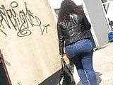 huge arab booty candid