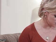 Mommysgirl Emma Hix Stags Step-milf Kneading 1 Out Hard!