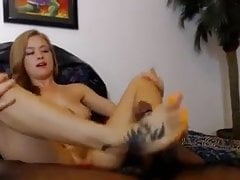 Bruneta Foot Job s BBC